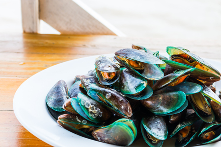 mussels: Mussels steamed seafood
