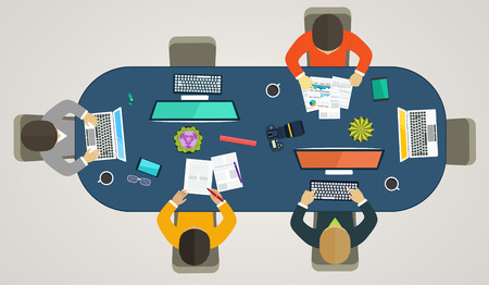 Teamwork for computers online. Business strategy, development projects, office life, working weekdays Vectores