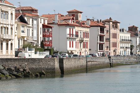 Port de pêche de Saint Jean de Luz au Pays Basque Banque d'images - 57206931