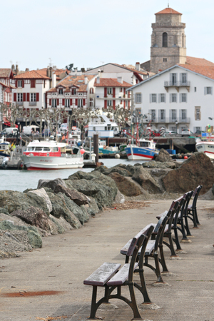 Port de pêche de Saint Jean de Luz au Pays Basque Banque d'images - 57206967
