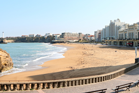 Centre de Biarritz vue du phare au loin Banque d'images - 57207470