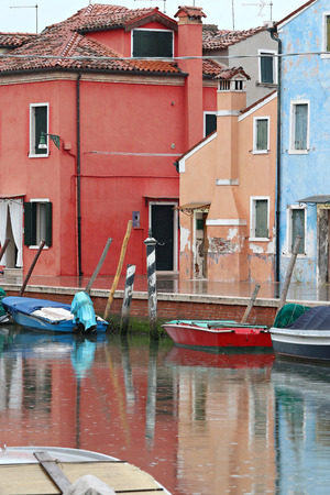 reflection in burano Banque d'images - 103036612