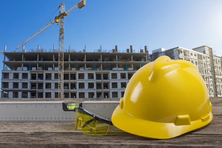 diseñar plan de la mesa de trabajo en la construcción de obras de construcción