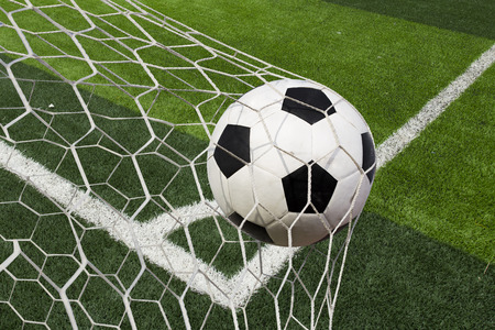 soccer ball in goal Banque d'images