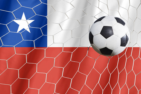 bandera de chile: bal�n de f�tbol en la bandera Chile