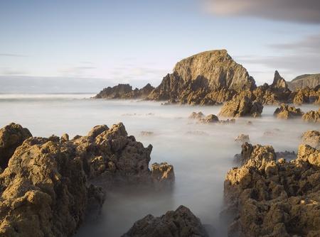 galizia: Esposizione lunga sulla costa. Foto scattata sulla costa della Galizia, Spagna