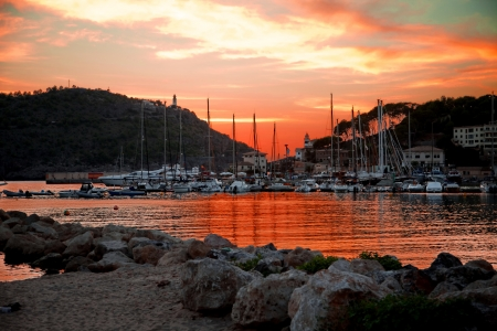 Port de Soller, Mallorca, Spain Stock Photo - 23063385