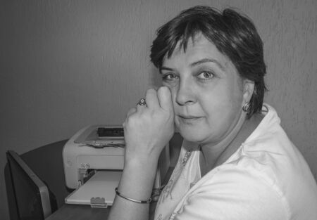 xerox: Black and white photo of stylish woman posing