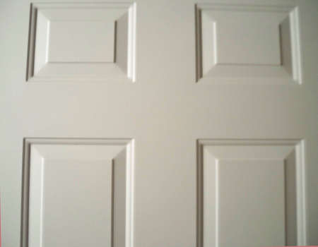 plaing white door, add your address, welcome sign,invitation, or wreath Imagens