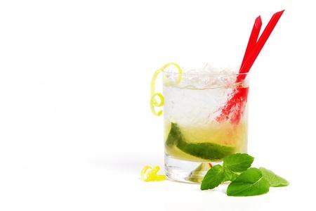 caipirinha: Refreshing caipirinha cocktail