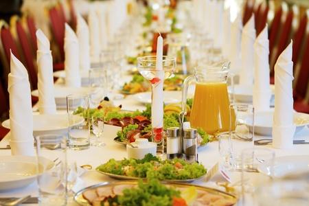 Restaurant table before wedding photo