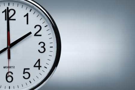 hurry up: Orologio con sfondo spazio copia