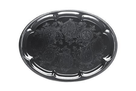 bandejas: Vista superior de una bandeja de plata vac�a con adornos florales aislados en blanco