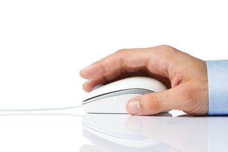 rat�n: Mujer la celebraci�n de la mano del rat�n del ordenador aislado en blanco