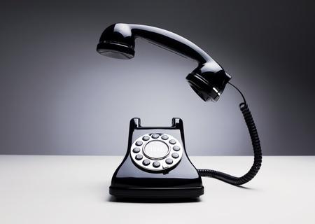 telefono antico: Telefono che squilla Retro Archivio Fotografico