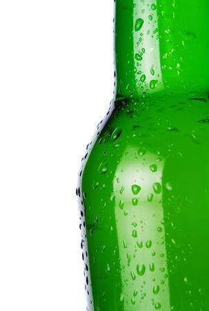 botellas vacias: Cerca de la botella de cerveza fría con copia espacio