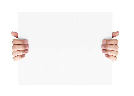 show of hands: Mani umane che tengono scheda in bianco pubblicit� isolato su sfondo bianco