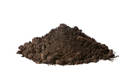 soil: Mucchio di terra isolato su sfondo bianco