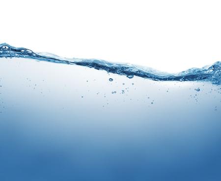 agua: Primer plano de la superficie de agua aisladas sobre fondo blanco con copia espacio Foto de archivo