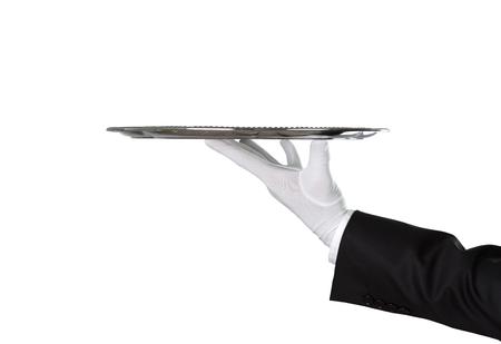 Kelnera mienia pusta srebna taca odizolowywająca na białym tle z kopii przestrzenią