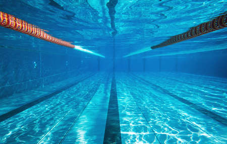 Empty underwater swimming pool with copy space 版權商用圖片