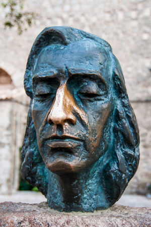 frederic chopin monument: Close up of a bust of the composer Frederic Chopin