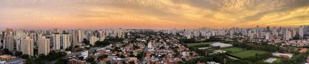 Panoramic view of beautiful cities. Sao Paulo city, Brazil, South America. Banque d'images - 145201888