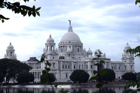 Victoria Memorial Hall of Kolkata a must visit place during your stay in the city