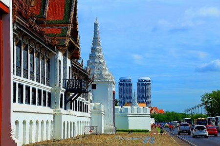 black giant mountain: Wat Pra Kaew Thailand