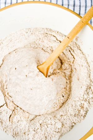haciendo pan: Hacer pan en un bol la olla