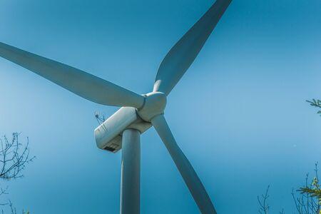 wind turbine a renewable energy source that respects the environment Foto de archivo
