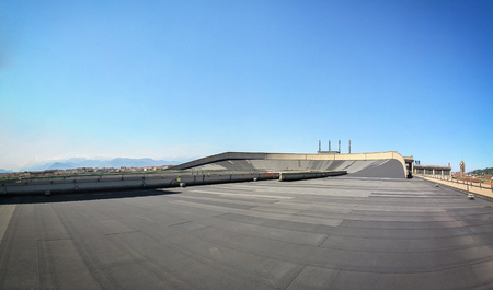 Turin, Italy, may 2011: roof top race track at lingotto former fiat car factory Editoriali