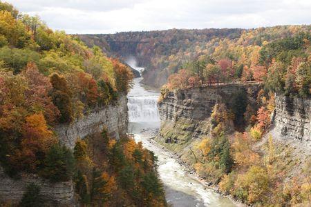 glen: River runs through gorge during autumn in state park