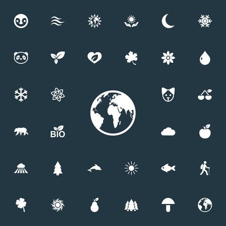 Vector illustratie Set van eenvoudige pictogrammen van de natuur. Elements Plant, Canine, Shamrock And Other Synoniemen Penguin, Plant And Mushroom. Stock Illustratie