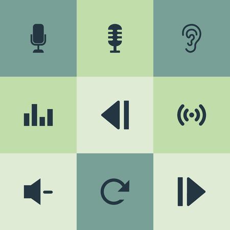 Vector illustratie Set van eenvoudige audio-iconen. Elementen Golf, Minus, Speler en Andere synoniemen Film, Microfoon en Vernieuwen. Stock Illustratie