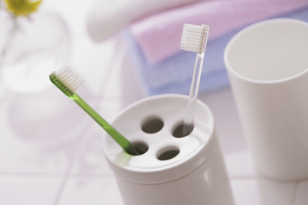 Toothbrushes and Holder Stockfoto