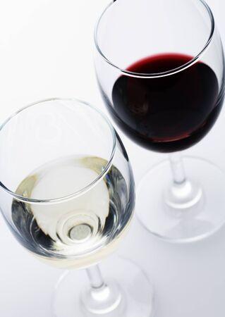 Rode en witte wijnglazen