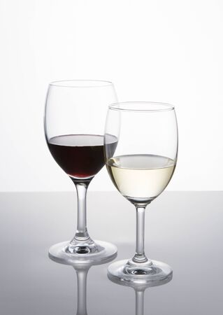 Red and white wine glasses Stockfoto