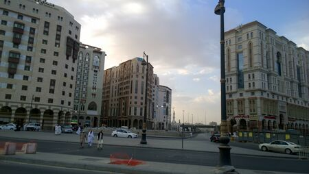 complexes: image of the city of Medina in Saudi, Which show some streets and residential complexes.