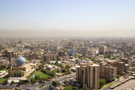 Foto aérea de la ciudad de Bagdad, y muestra los complejos donde residenciales. La ciudad de Bagdad, capital de Irak.