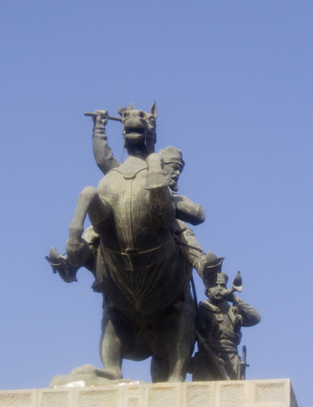 shah: Image of the Statue of Nadir Shah One of the main leaders of the Persian Empire, t is a statue of the Shah and is riding his horse And he was succeeded by his soldiers ,It is an expression of military campaigns that were waged on  his opponents.