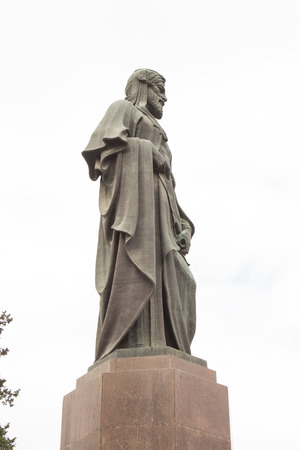 statue of the poet Nazmi in Baku in Azerbaijan near the old city , was an Azerbaijani poet, a representative of the 20th-century Azerbaijani realism and successor of Mirza Alakbar Sabir. Nazmi was the first translator of Shakespeares King Lear into Azerb Editorial