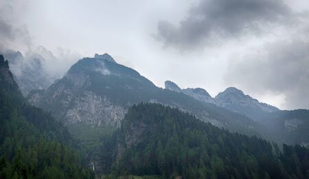 Close-up View of Amazing Mountain Peaks in Alps 版權商用圖片