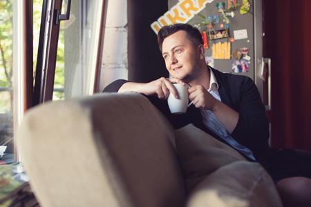 break in: Man have coffee break in office