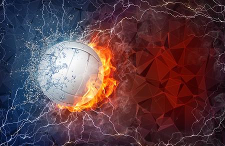 Volleybal bal op het vuur en water met verlichting rond op abstracte veelhoekige achtergrond. Horizontale lay-out met de tekst ruimte. Stockfoto