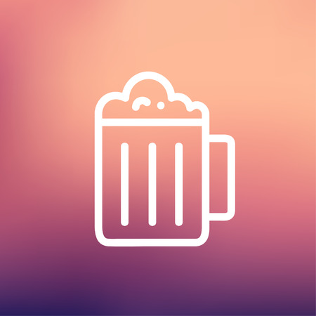 Mug of beer icon thin line for web and mobile, modern minimalistic flat design. Vector white icon on gradient mesh background. Stok Fotoğraf - 39188347