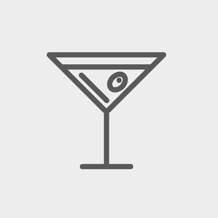 Glass of martini icon thin line for web and mobile, modern minimalistic flat design.  向量圖像
