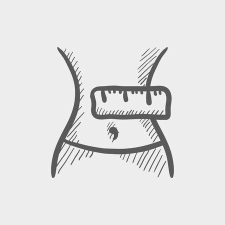 ombligo: Adelgazar barriga con la medición de icono de boceto cinta para web y móvil. Mano vector dibujado icono gris oscuro sobre fondo gris claro.