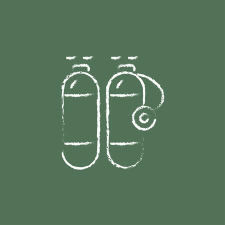 pressure bottle: Lado del tanque de ox�geno dibujado en tiza en un icono blanco vector de pizarra aislado en un fondo verde. Vectores