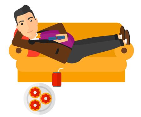 gaseosas: Un hombre tumbado en un sofá con un mando a distancia en la mano y algunos donuts y refrescos en la ilustración de diseño plano piso del vector aislado en el fondo blanco. disposición horizontal.